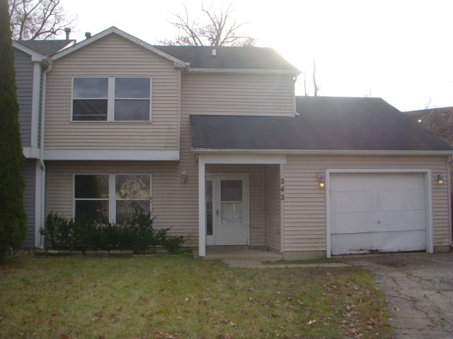 Photo for 242 Chaparral Circle, Elgin, IL 60120 (MLS # 10587803)