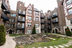 Photo of 5717 N Kimball Avenue, Unit Number 1S, Chicago, IL 60659 (MLS # 10588343)