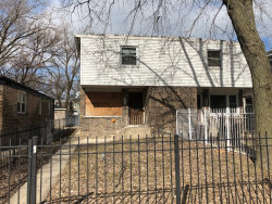 Photo of 332 W 42nd Place, Chicago, IL 60609 (MLS # 10592850)