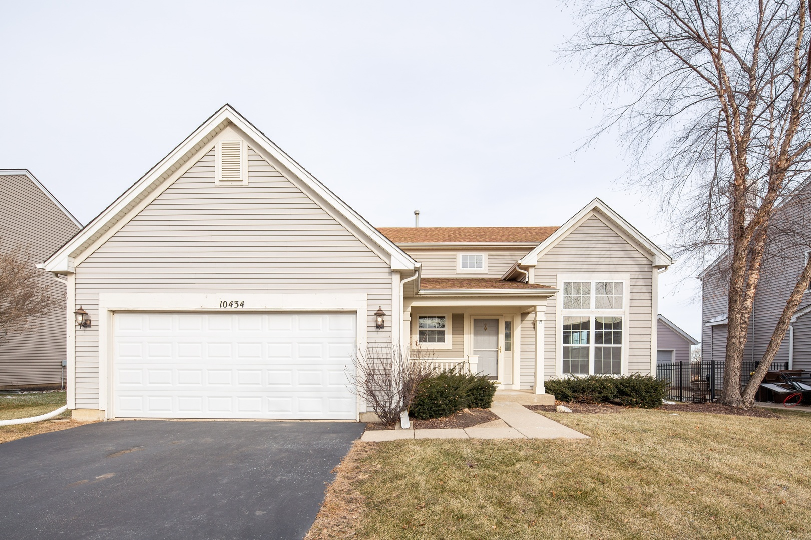 Photo for 10434 Somerset Lane, Huntley, IL 60142 (MLS # 10596085)