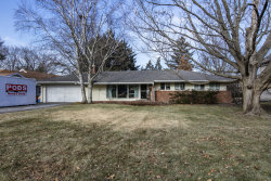 Photo of 416 W Camp Mcdonald Road, Prospect Heights, IL 60070 (MLS # 10598982)