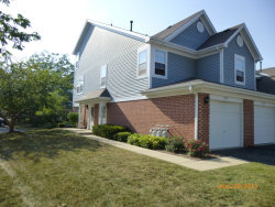 Photo of 232 Mansfield Way, Roselle, IL 60172 (MLS # 10602834)