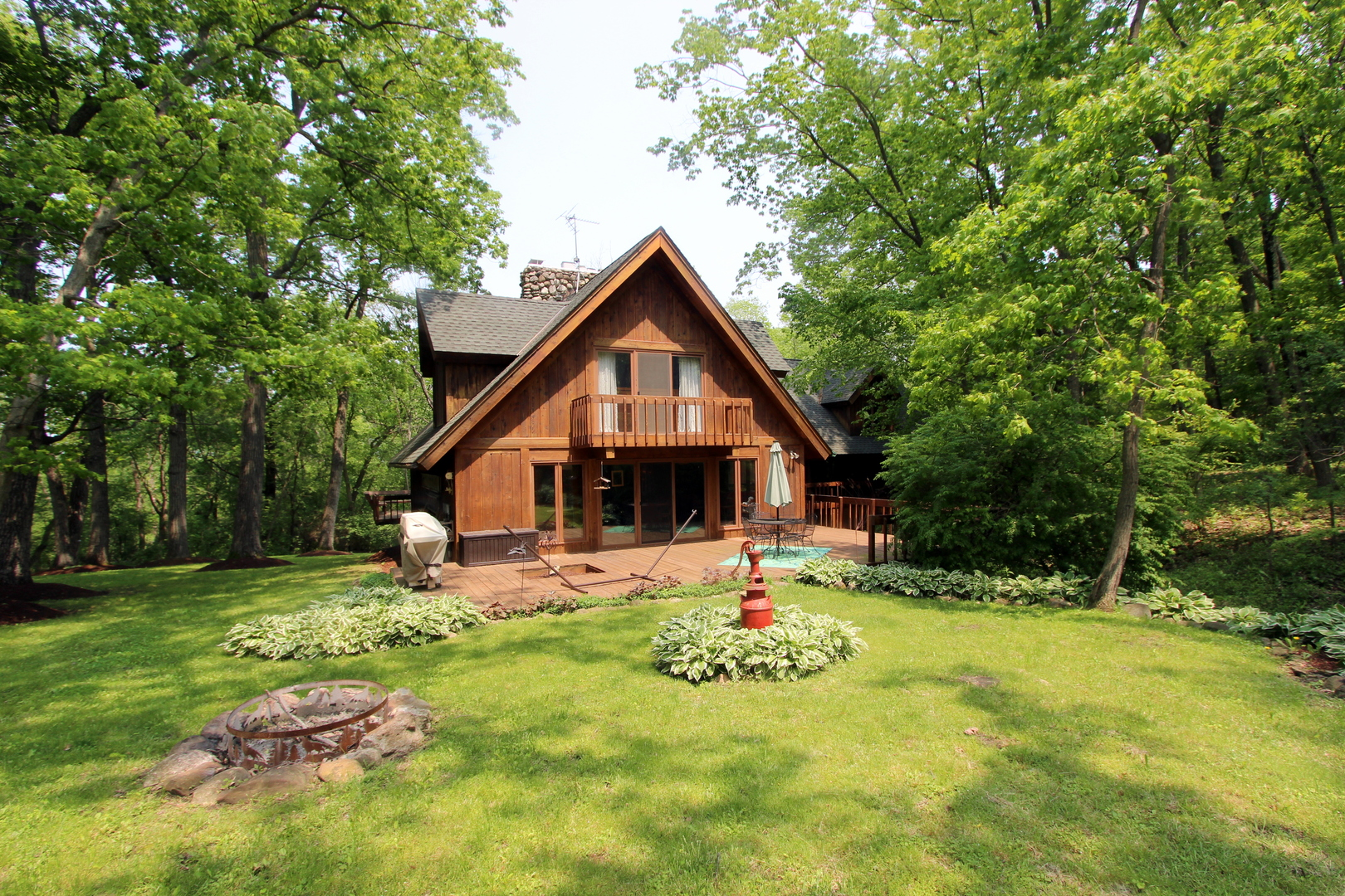 Photo for 3204 S Cherry Valley Road, Woodstock, IL 60098 (MLS # 10607260)