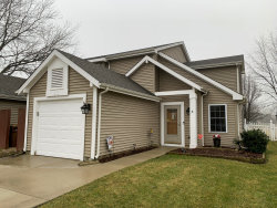 Photo of 11 Yardley Court, Glendale Heights, IL 60139 (MLS # 10607741)