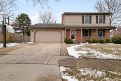Photo of 602 Avon Court, Vernon Hills, IL 60061 (MLS # 10609367)