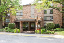 Photo of 301 Lake Hinsdale Drive, Unit Number 304, Willowbrook, IL 60527 (MLS # 10611001)