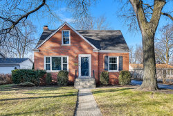 Photo of 124 Indian Drive, Clarendon Hills, IL 60514 (MLS # 10612721)
