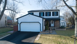 Photo of 684 Iroquois Trail, Carol Stream, IL 60188 (MLS # 10613001)