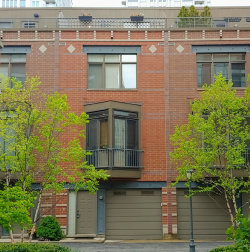 Photo of 310 N Clinton Street, Unit Number D, Chicago, IL 60661 (MLS # 10614396)