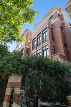Photo of 2850 N Burling Street, Unit Number 4, Chicago, IL 60657 (MLS # 10616262)
