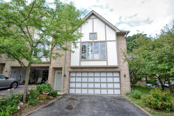 Photo of 22 Cliffside Circle Drive, Willow Springs, IL 60480 (MLS # 10616772)