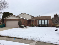 Photo of 438 Caren Drive, Buffalo Grove, IL 60089 (MLS # 10617676)