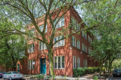 Photo of 2510 N Wayne Avenue, Unit Number 104, Chicago, IL 60614 (MLS # 10618828)