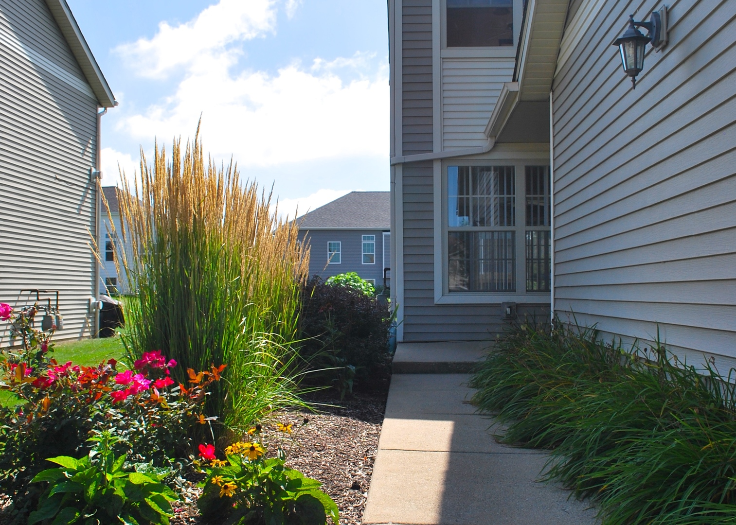 Photo for 934 Buckingham Drive, Unit Number 934, Sycamore, IL 60178 (MLS # 10623602)