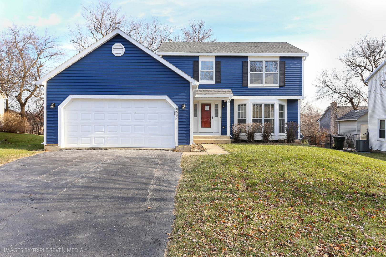 Photo for 829 Candlewood Trail, Cary, IL 60013 (MLS # 10634875)