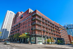 Photo of 616 W Fulton Street, Unit Number 215, Chicago, IL 60661 (MLS # 10639193)