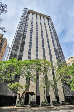 Photo of 1310 N Ritchie Court, Unit Number 29A, Chicago, IL 60610 (MLS # 10641758)