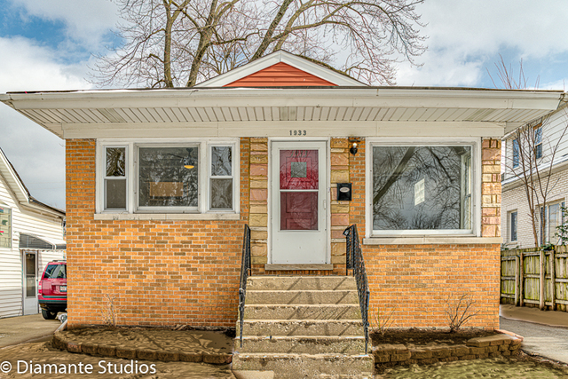 Photo for 1933 S 20th Avenue, Maywood, IL 60153 (MLS # 10651348)