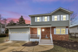 Photo of 910 Cumberland Court, Carol Stream, IL 60188 (MLS # 10665138)