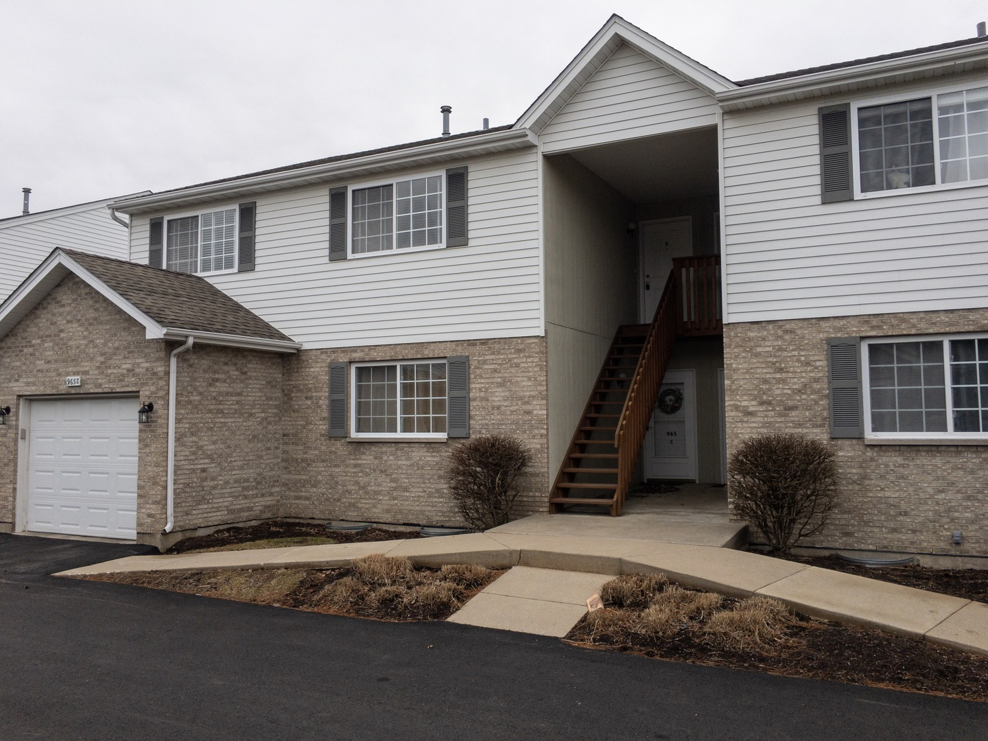 Photo for 965 Constance Lane, Unit Number G, Sycamore, IL 60178 (MLS # 10665428)