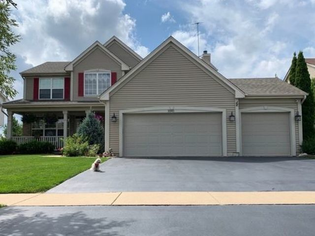 Photo for 3345 Aurora Drive, Lake In The Hills, IL 60156 (MLS # 10667945)