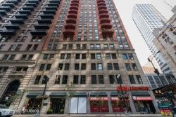 Photo of 208 W Washington Street, Unit Number 903, Chicago, IL 60606 (MLS # 10670231)