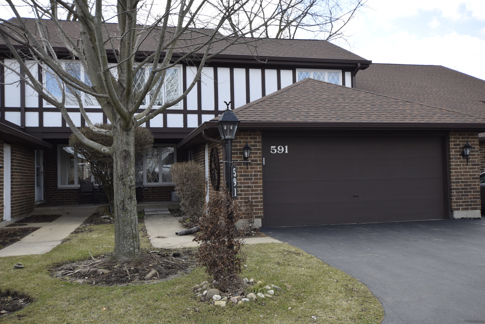 Photo for 591 St Andrews Court, Crystal Lake, IL 60014 (MLS # 10674866)