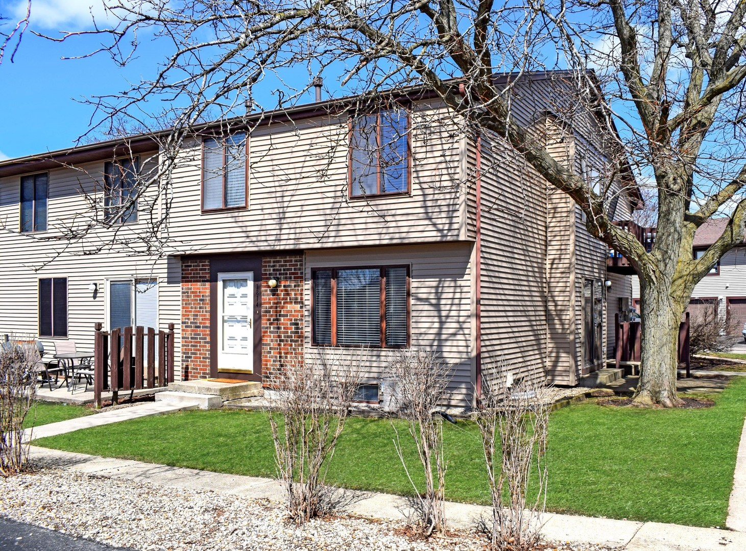 Photo for 1814 Raintree Court, Unit Number 3-3, Sycamore, IL 60178 (MLS # 10675892)