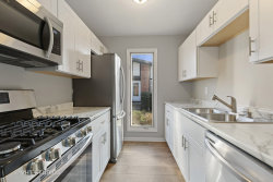 Tiny photo for 3 Tuileries Place, Elgin, IL 60123 (MLS # 10676994)