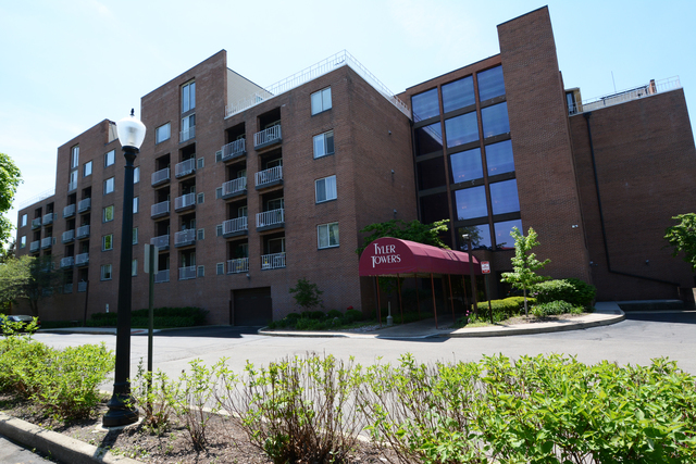 Photo for 1450 Plymouth Lane, Unit Number 602, Elgin, IL 60123 (MLS # 10677715)