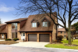 Photo of 36 Queens Court, Unit Number 36, Westchester, IL 60154 (MLS # 10678651)