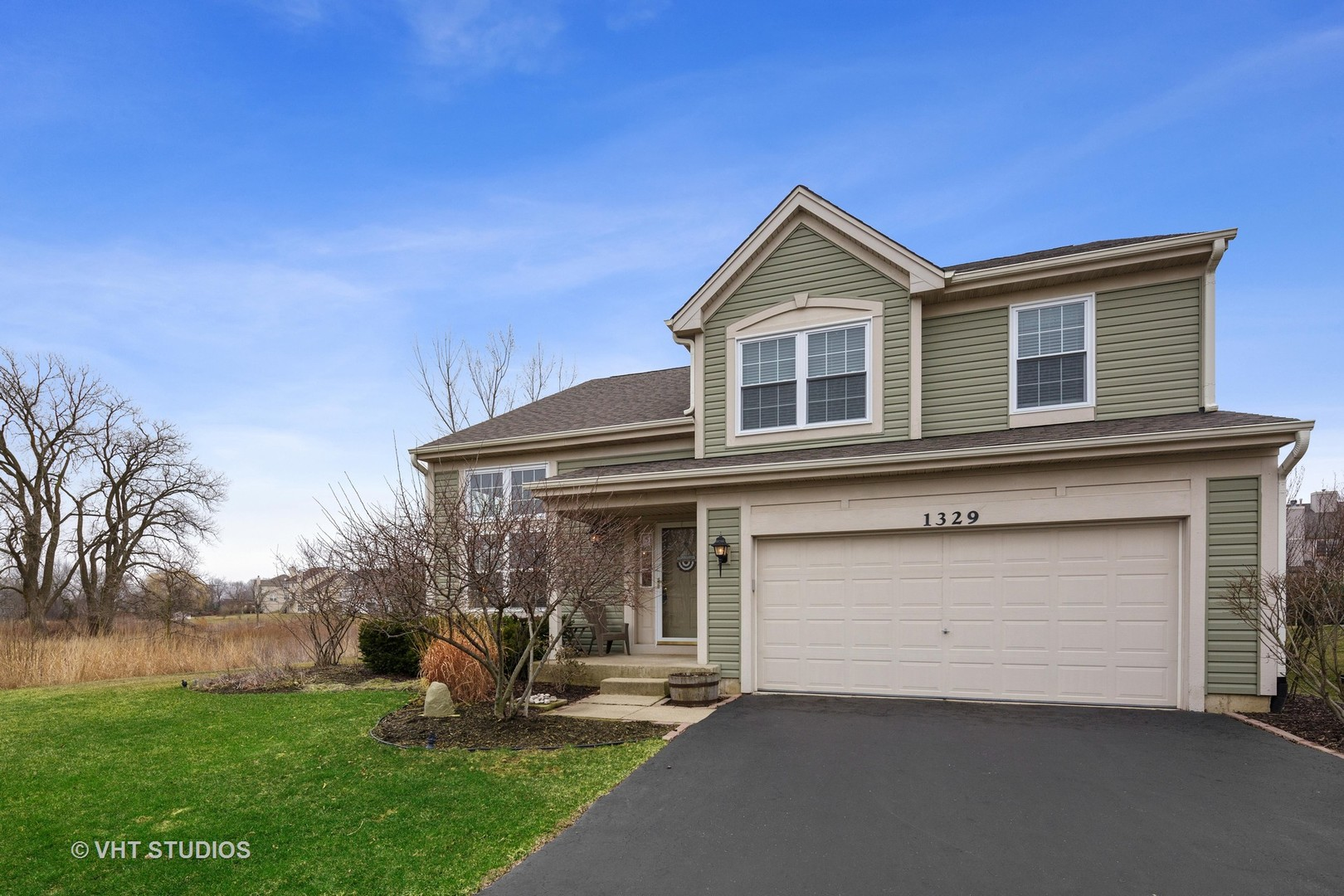 Photo for 1329 Collins Drive, Cary, IL 60013 (MLS # 10680795)