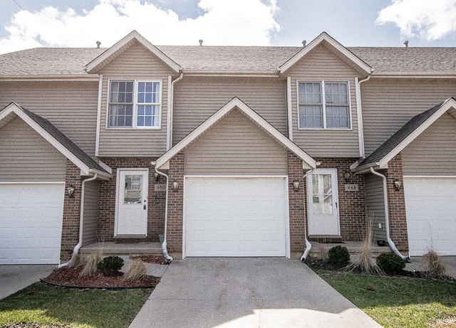 Photo for 650 S Peace Road, Unit Number 2, Sycamore, IL 60178 (MLS # 10682124)