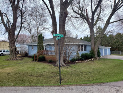 Photo of 4401 Parkway Avenue, McHenry, IL 60050 (MLS # 10684715)