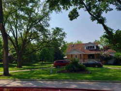 Photo of 10833 Cantigny Road, Countryside, IL 60525 (MLS # 10707854)