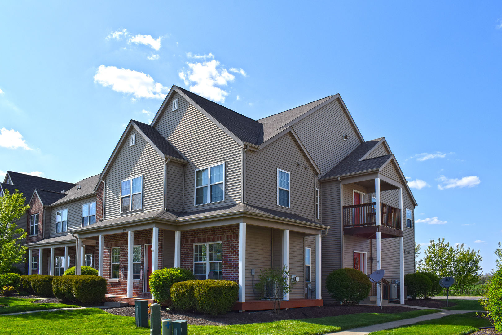 Photo for 611 Stonegate Drive, Unit Number 611, Sycamore, IL 60178 (MLS # 10715084)