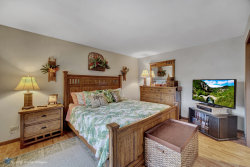 Tiny photo for 10 Crabapple Court, Lake In The Hills, IL 60156 (MLS # 10716885)