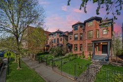 Photo of 4139 N Kenmore Avenue, Chicago, IL 60613 (MLS # 10722851)