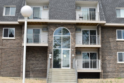 Photo of 838 Mcintosh Court, Unit Number 105, Prospect Heights, IL 60070 (MLS # 10728383)