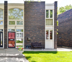 Photo of 1329 N Sandburg Terrace, Chicago, IL 60610 (MLS # 10728756)