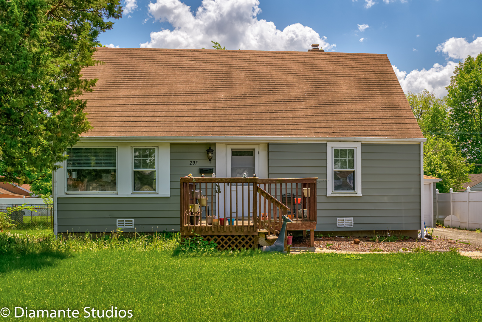 Photo for 205 E Fullerton Avenue, Northlake, IL 60164 (MLS # 10730436)