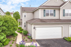 Photo of 514 Heritage Court, St. Charles, IL 60175 (MLS # 10732146)