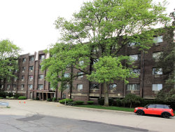Photo of 4624 N Commons Drive, Unit Number 307, Chicago, IL 60656 (MLS # 10732199)