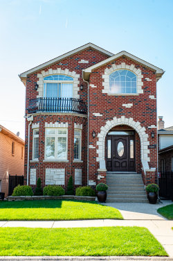 Photo of 4260 N New England Avenue, Harwood Heights, IL 60706 (MLS # 10750775)