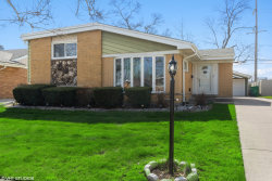 Photo of 2406 W Martindale Drive, Westchester, IL 60154 (MLS # 10758788)