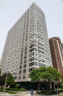 Photo of 3900 N Lake Shore Drive, Unit Number 13E, Chicago, IL 60613 (MLS # 10762945)