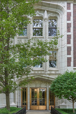 Photo of 2440 N Lakeview Avenue, Unit Number 12E, Chicago, IL 60614 (MLS # 10768305)