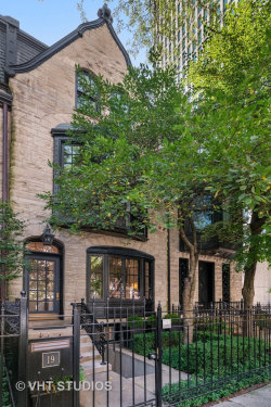 Photo of 19 E Scott Street, Chicago, IL 60610 (MLS # 10768644)