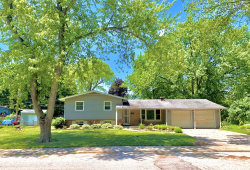 Photo of 5 Knollwood Drive, Montgomery, IL 60538 (MLS # 10769128)