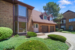 Photo of 18 Queens Court, Unit Number 18, Westchester, IL 60154 (MLS # 10769584)